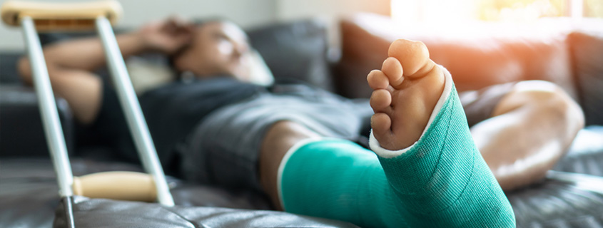 How to get your home ready when recovering from hip or knee surgery